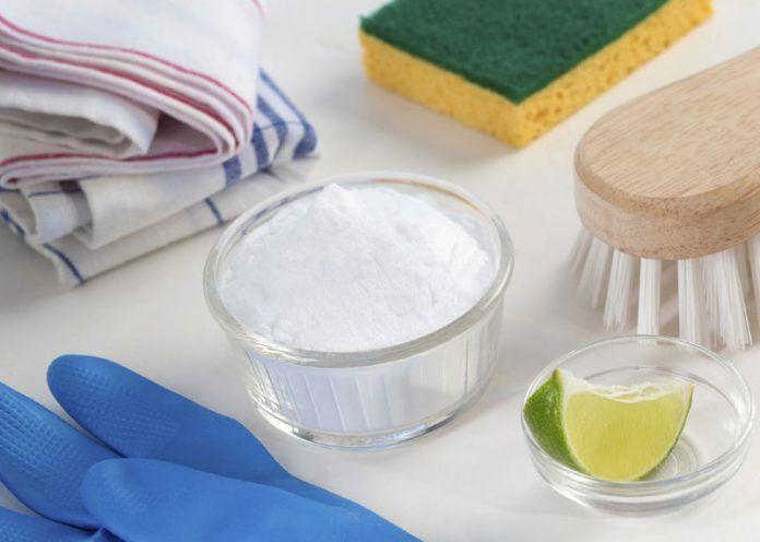 Baking soda as tile cleaner