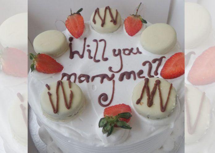 Sweet proposal cake