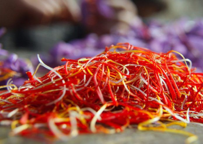 Saffron Smear