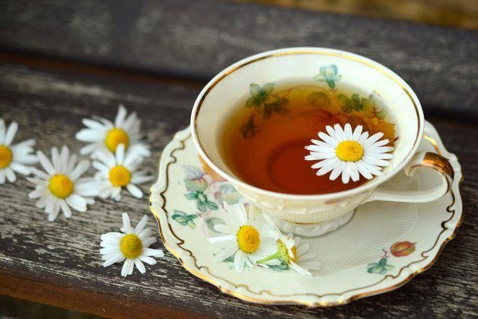Chamomile Tea for Pink Eye