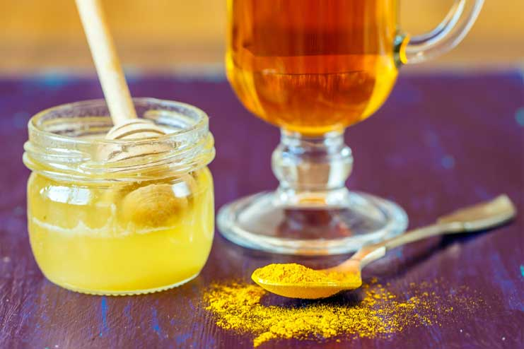 Turmeric and Honey for Cold