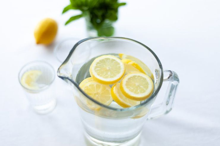 Lemon Water for Sore Throat