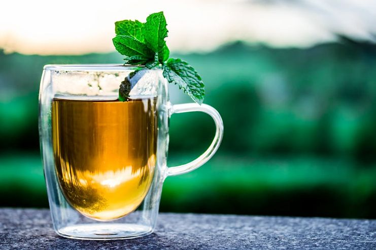 Peppermint Tea for Sore Throat