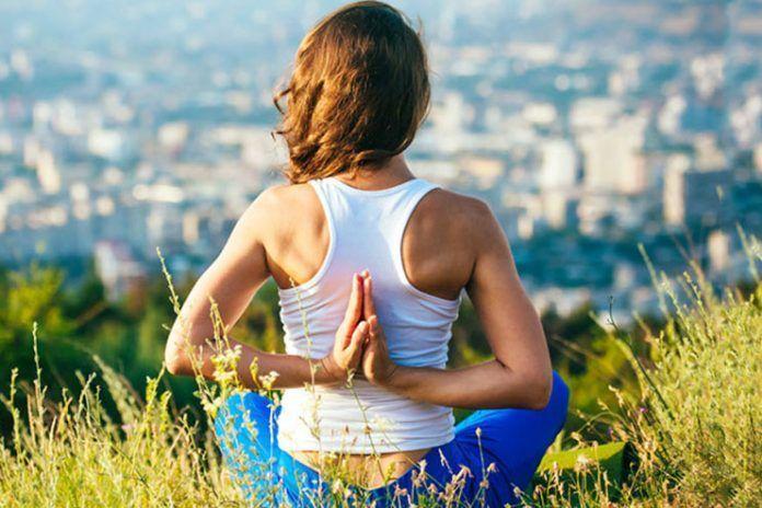yoga asanas for neck pain