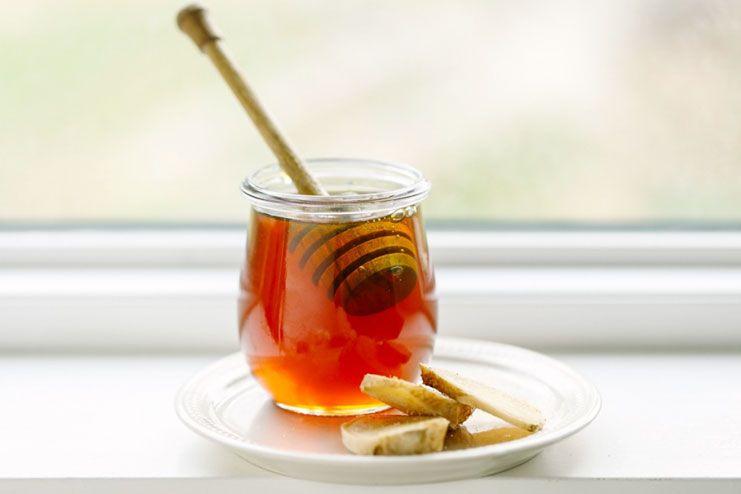 Raw Honey Helps to treat Sore Throat