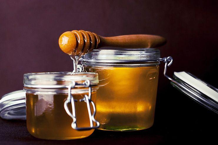 Honey for tongue sores