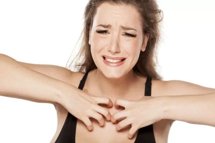 causes of itching breast