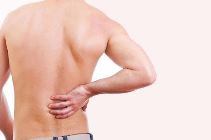 symptoms of lower right back pain