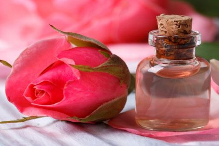 Rose Water for Heat Rash
