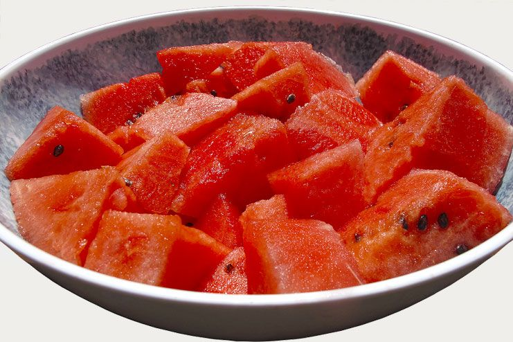 Watermelon to cure prickly heat