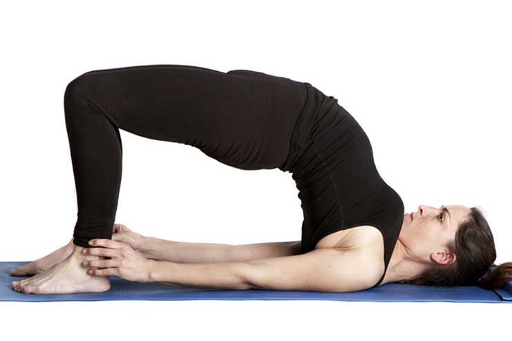 Yoga-for-Thyroid06