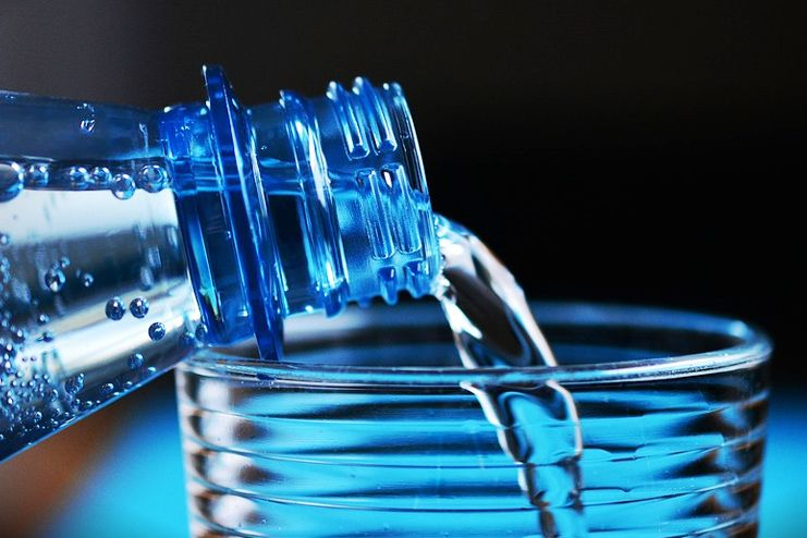 Drink Plenty of Water to Relieve Hangover