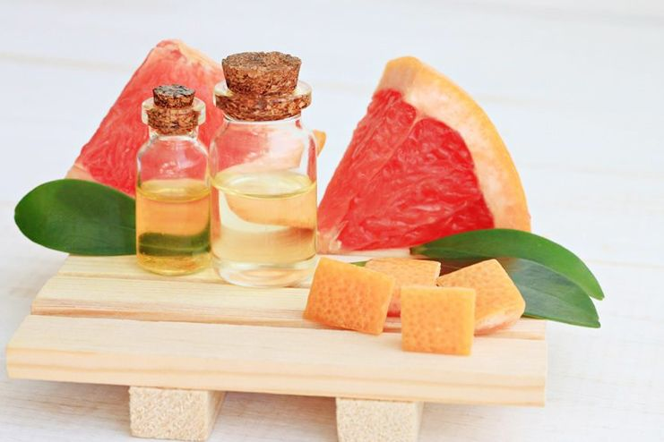Grapefruit essential oil to suppress appetite
