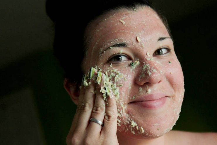 Oatmeal facial mask