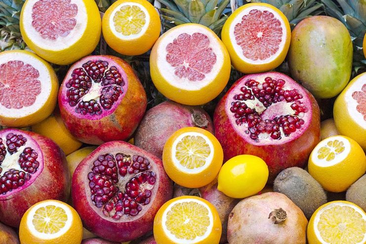Pomegranate benefits because of Vitamin C concentration