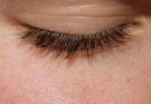 naturally longer eyelashes