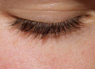 naturally longer eyelashes