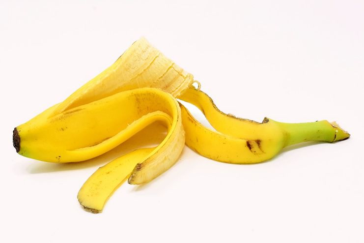 Banana peels for hickeys