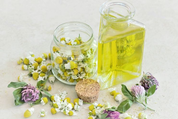 Chamomile Essential Oil for Psoriasis