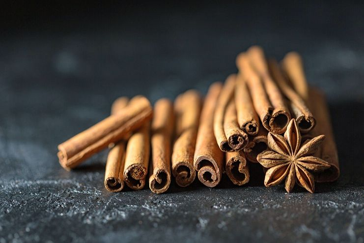 Cinnamon with warfarin