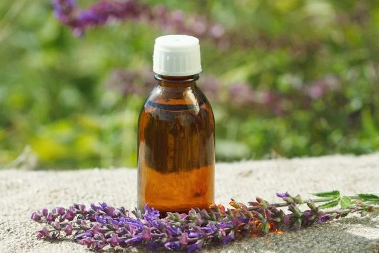 Clary Sage Essential Oil for Psoriasis