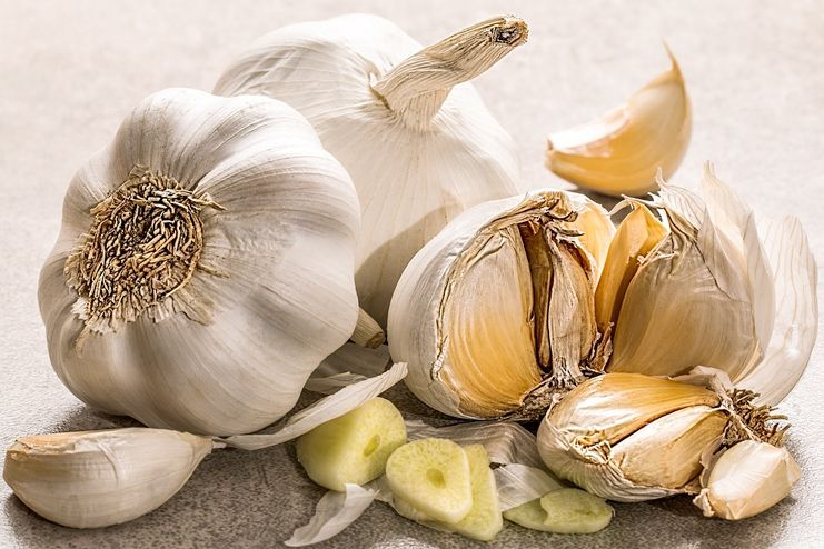 Garlic to treat Chlamydia