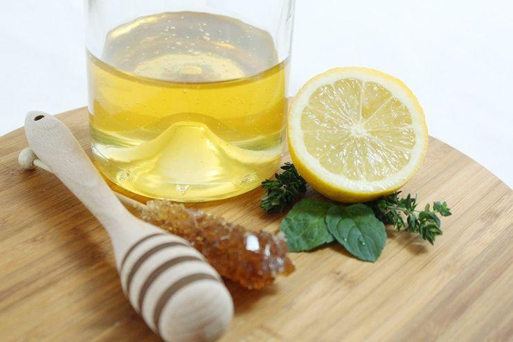 Honey and lemon for upper lip hair removal