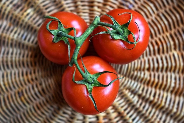 Tomatoes for Age Spots on Face