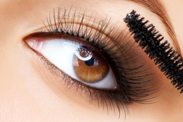 Grow Eyelashes with Coconut Oil