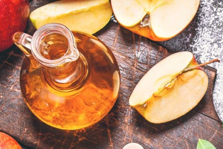 2-Apple Cider Vinegar for Varicose Veins