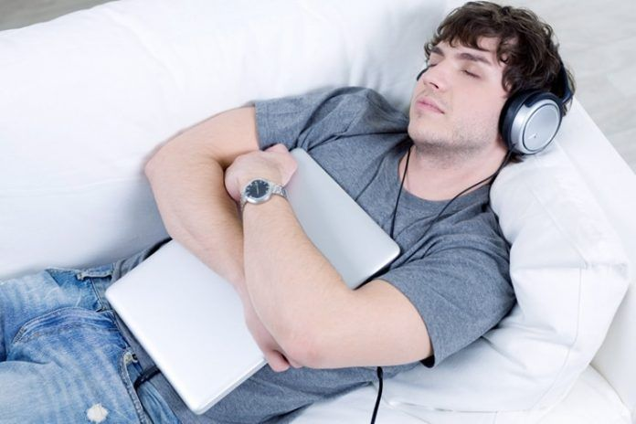 Learning while sleeping