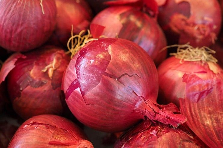 Do raw onions help relieve wheezing