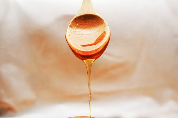 Does honey help to get glowing skin