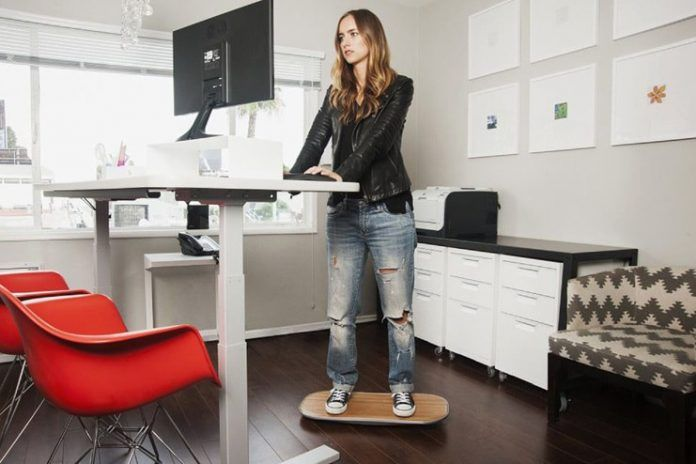 Health benefits of standing desk