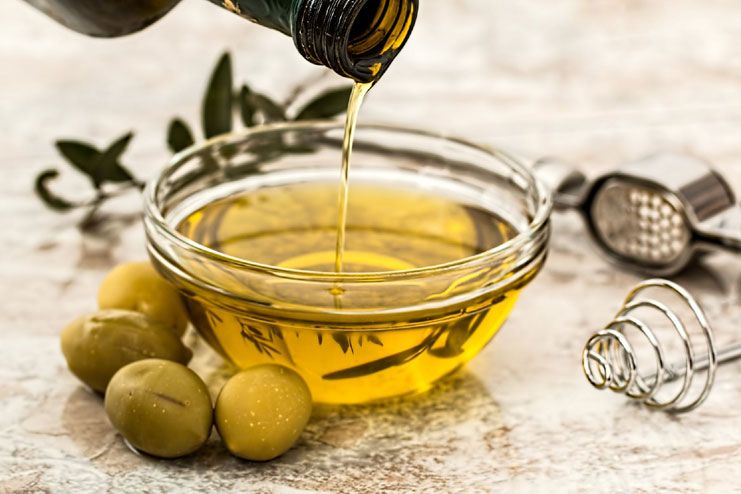Raw vegetable oil