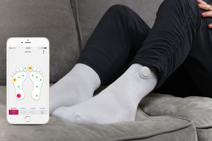 What are the types of diabetic socks