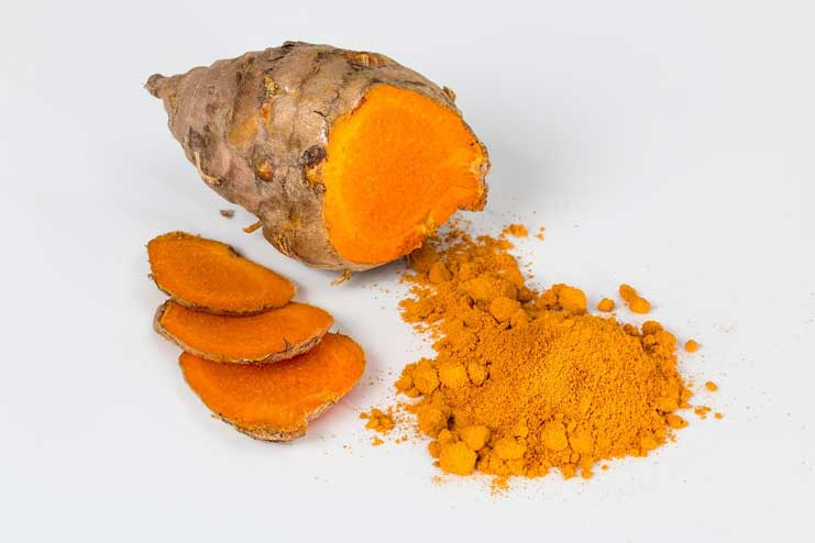 Possible risks of turmeric for skin