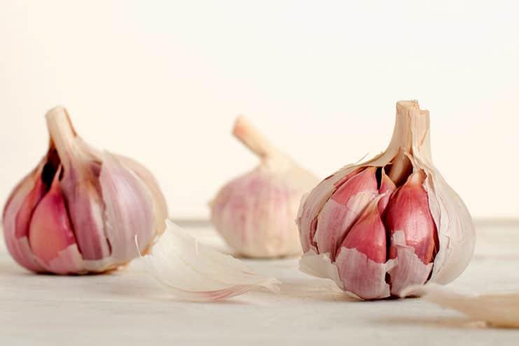Teeth Whitening - Garlic