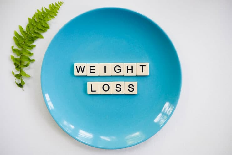 How does fish oil help in promoting weight loss