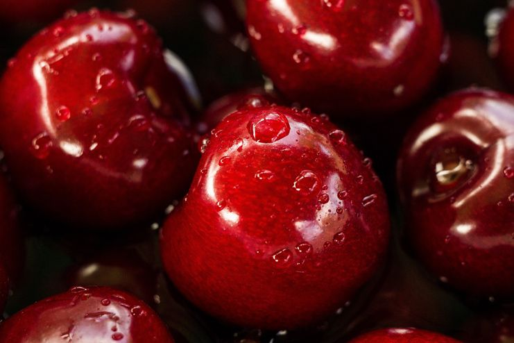 Avoid red food before colonoscopy