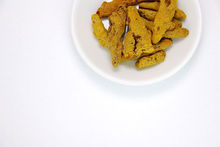 Opt for turmeric poultice