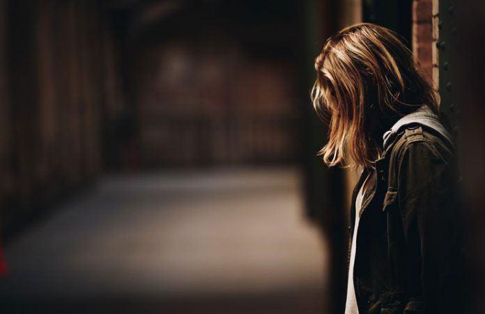 signs your relationship is hurting your mental health
