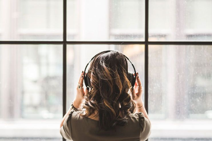 Different types of music to listen during meditation