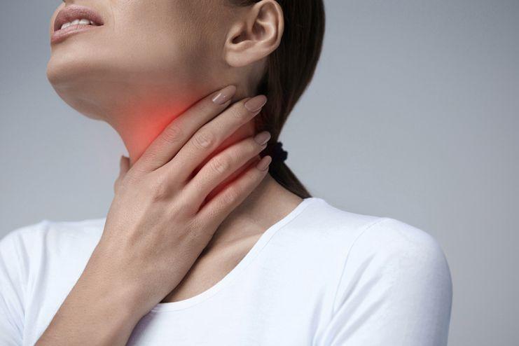 Symptoms of burning sensation in throat