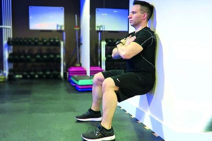11 Healthy Wall Sit Benefits
