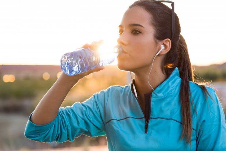Myth Hydration alone helps you reduce fat