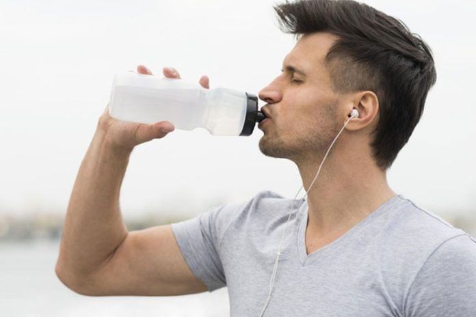 Top 10 Popular Myths About Hydration Busted