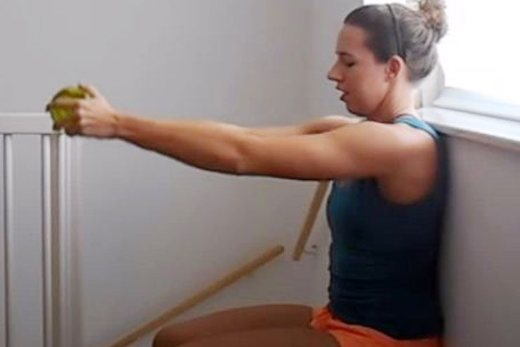 Wall Sit for biceps